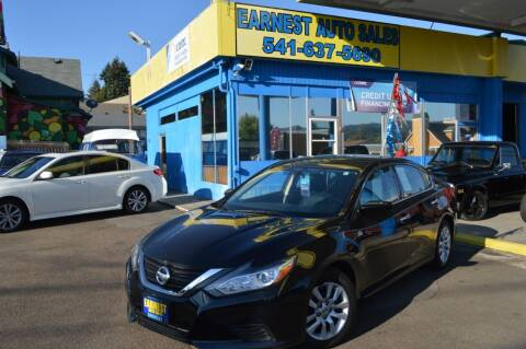 2016 Nissan Altima for sale at Earnest Auto Sales in Roseburg OR