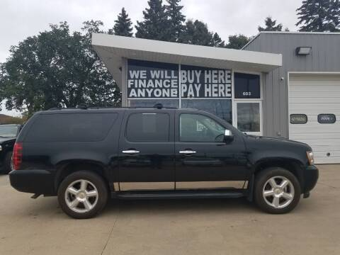 2007 Chevrolet Suburban for sale at STERLING MOTORS in Watertown SD