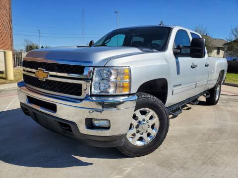 2014 Chevrolet Silverado 2500HD for sale at AUTO DIRECT in Houston TX