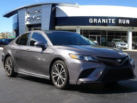 2018 Toyota Camry for sale at GRANITE RUN PRE OWNED CAR AND TRUCK OUTLET in Media PA