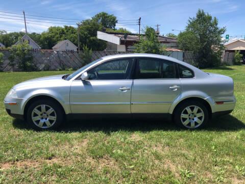 2005 Volkswagen Passat for sale at Velp Avenue Motors LLC in Green Bay WI