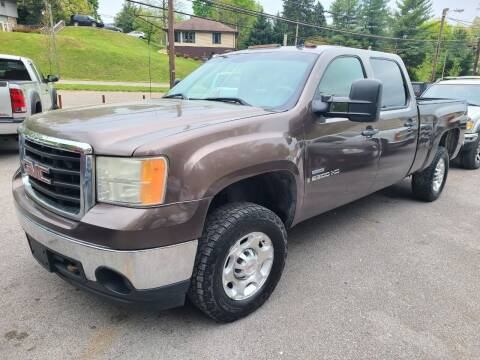 2008 GMC Sierra 2500HD for sale at North Knox Auto LLC in Knoxville TN