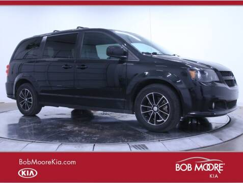 2017 Dodge Grand Caravan for sale at Bob Moore Kia in Oklahoma City OK