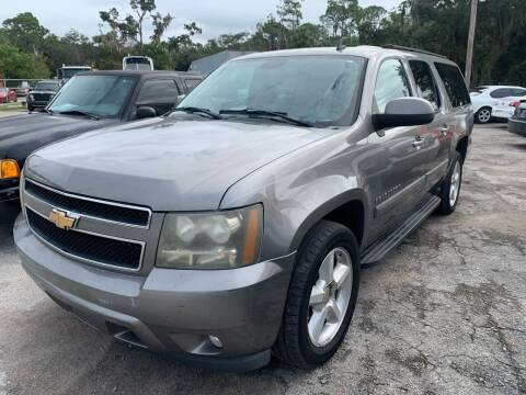 2007 Chevrolet Suburban for sale at EXECUTIVE CAR SALES LLC in North Fort Myers FL