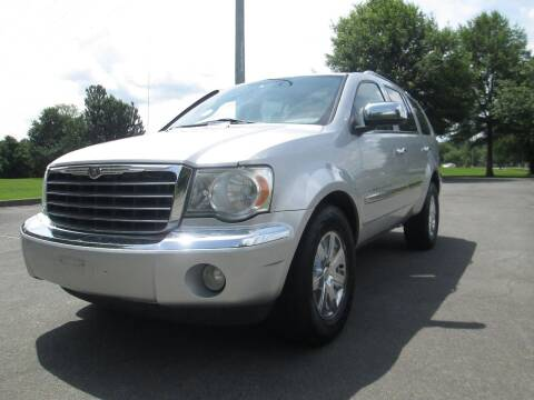 2009 Chrysler Aspen for sale at Unique Auto Brokers in Kingsport TN