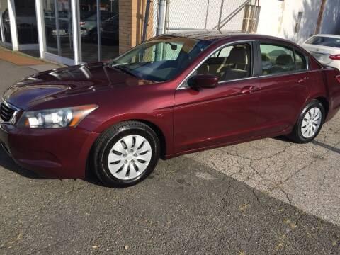 2009 Honda Accord for sale at Thomas Anthony Auto Sales LLC DBA Manis Motor Sale in Bridgeport CT