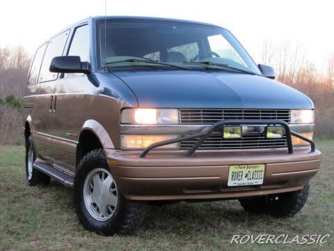 2002 Chevrolet Astro for sale at Isuzu Classic in Cream Ridge NJ