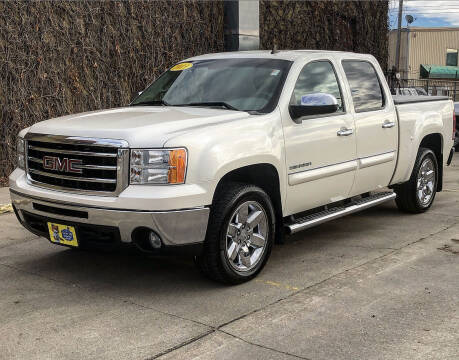 2013 GMC Sierra 1500 for sale at El Tucanazo Auto Sales in Grand Island NE