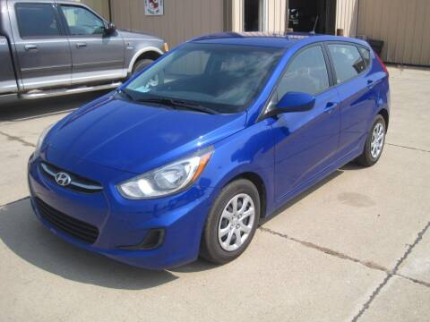 2014 Hyundai Accent for sale at IVERSON'S CAR SALES in Canton SD