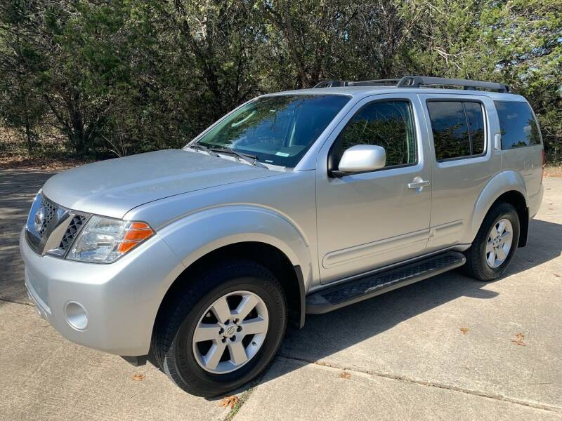 2008 Nissan Pathfinder for sale at TROPHY MOTORS in New Braunfels TX