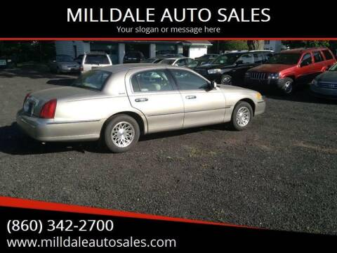 1999 Lincoln Town Car for sale at MILLDALE AUTO SALES in Portland CT