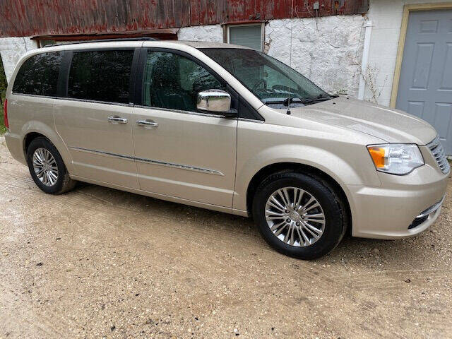 2014 Chrysler Town and Country for sale at Dave's Auto & Truck in Campbellsport WI