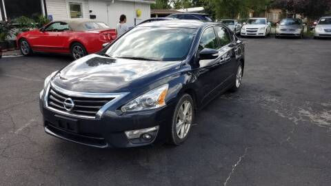 2014 Nissan Altima for sale at Nonstop Motors in Indianapolis IN