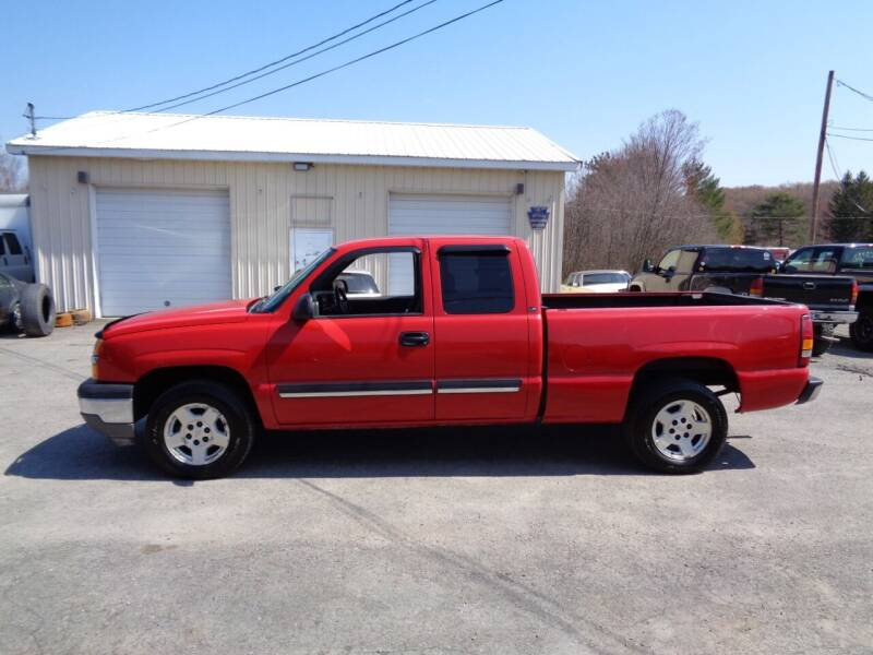 2005 Chevrolet Silverado 1500 for sale at On The Road Again Auto Sales in Lake Ariel PA