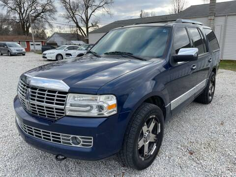 2008 Lincoln Navigator for sale at Davidson Auto Deals in Syracuse IN
