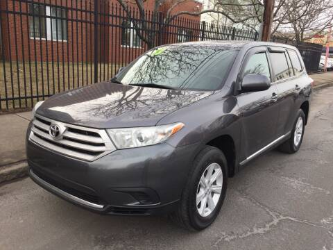 2013 Toyota Highlander for sale at Commercial Street Auto Sales in Lynn MA