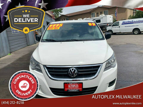 2009 Volkswagen Routan for sale at Autoplex in Milwaukee WI
