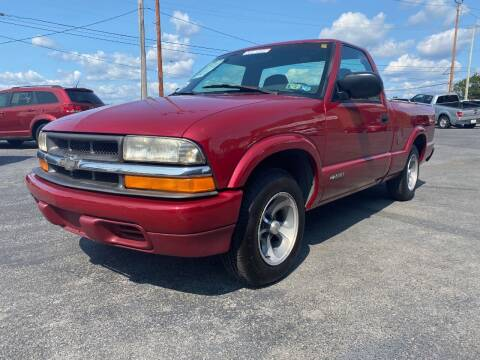 1999 Chevrolet S-10 for sale at Clear Choice Auto Sales in Mechanicsburg PA