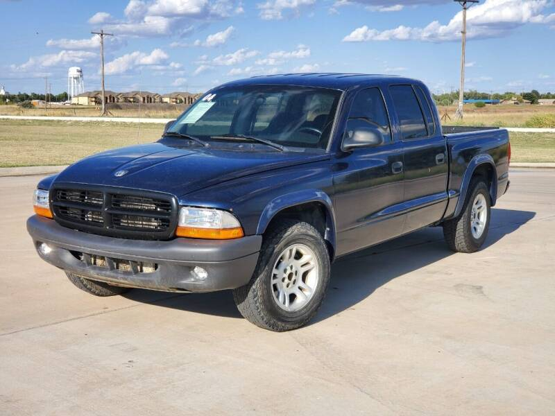 2004 Dodge Dakota for sale at Chihuahua Auto Sales in Perryton TX