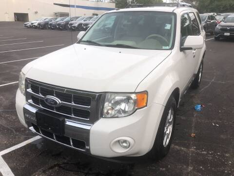 2010 Ford Escape for sale at Best Deal Motors in Saint Charles MO