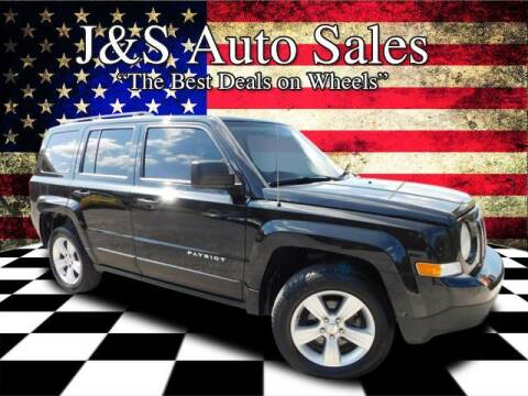 2011 Jeep Patriot for sale at J & S Auto Sales in Clarksville TN