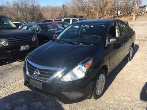 2015 Nissan Versa for sale at Best Buy Auto Sales in Murphysboro IL