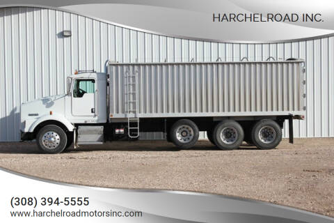2005 Kenworth T800 for sale at Harchelroad Inc. in Wauneta NE