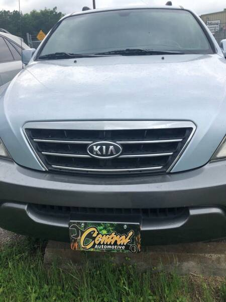2007 Kia Sorento for sale at Central Automotive in Kerrville TX