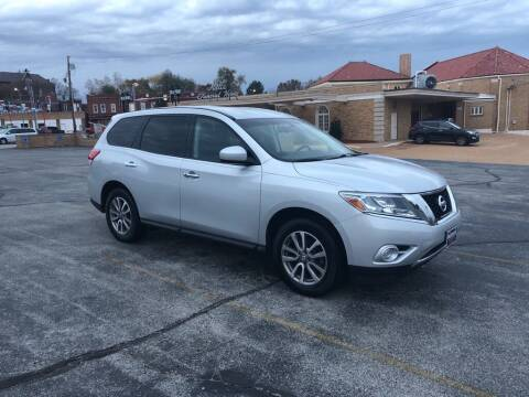 2013 Nissan Pathfinder for sale at DC Auto Sales Inc in Saint Louis MO