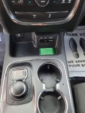 2014 Dodge Durango for sale at Dixie Automart LLC in Hamilton OH
