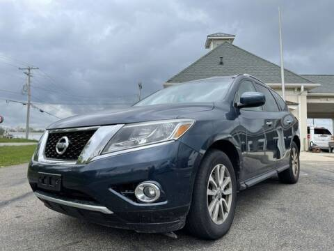 2015 Nissan Pathfinder for sale at Instant Auto Sales - Lancaster in Lancaster OH