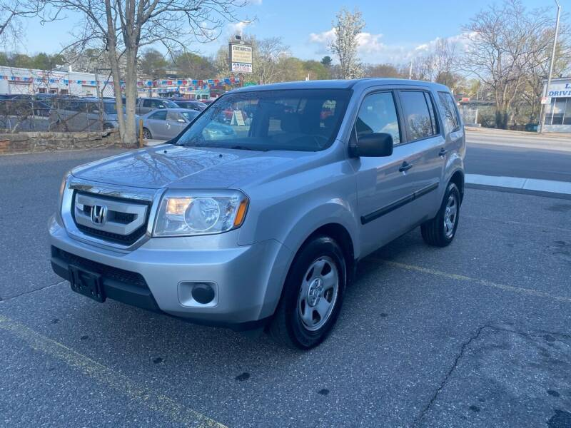 2011 Honda Pilot for sale at ANDONI AUTO SALES in Worcester MA