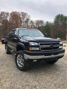 2006 Chevrolet Silverado 2500HD for sale at Hornes Auto Sales LLC in Epping NH