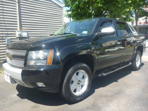 2007 Chevrolet Avalanche for sale at Pinto Automotive Group in Trenton NJ