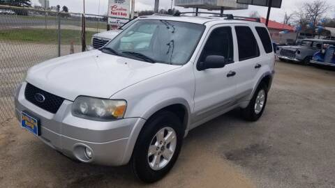 2007 Ford Escape for sale at COLLECTABLE-CARS LLC in Nacogdoches TX