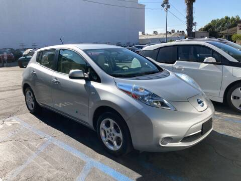 2012 Nissan LEAF for sale at Trade In Auto Sales in Van Nuys CA