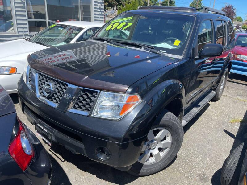 2005 Nissan Pathfinder for sale at American Dream Motors in Everett WA