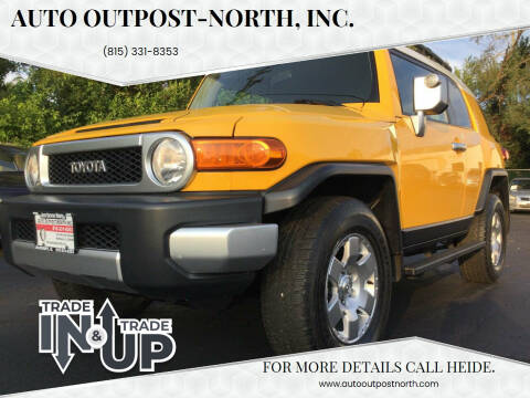 2007 Toyota FJ Cruiser for sale at Auto Outpost-North, Inc. in McHenry IL