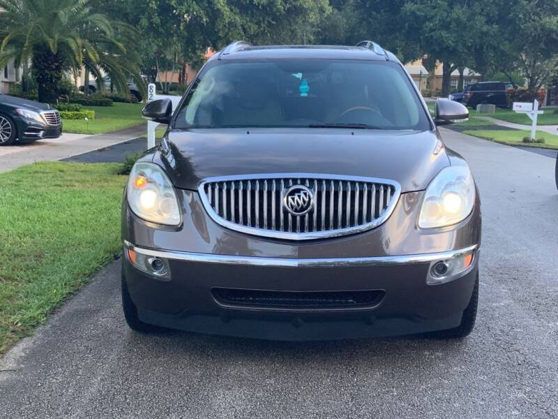 2010 Buick Enclave for sale at UNITED AUTO BROKERS in Hollywood FL