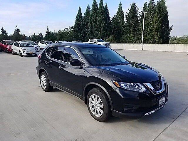 2018 Nissan Rogue for sale at Chevrolet Buick GMC of Puyallup in Puyallup WA