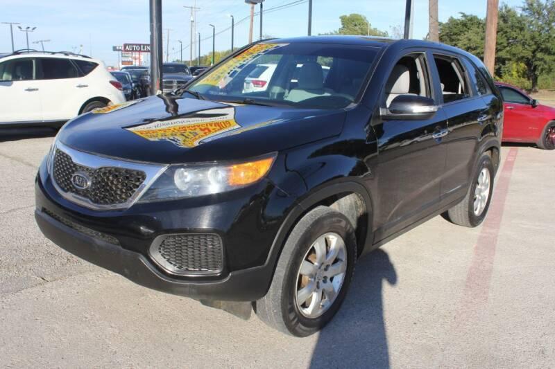 2013 Kia Sorento for sale at Flash Auto Sales in Garland TX