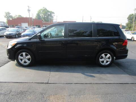 2010 Volkswagen Routan for sale at Taylorsville Auto Mart in Taylorsville NC