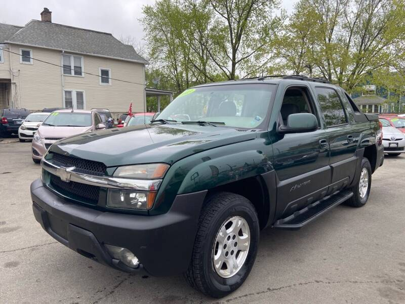 2003 Chevrolet Avalanche for sale in Maywood, IL