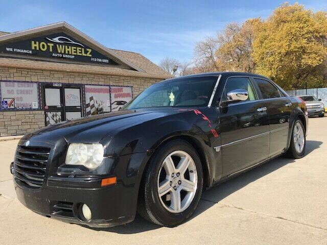 2005 Chrysler 300 for sale at HotWheelz Auto Group in Detroit MI