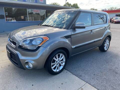 2012 Kia Soul for sale at Wise Investments Auto Sales in Sellersburg IN