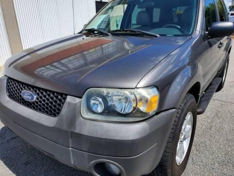 2005 Ford Escape for sale at Atlanta's Best Auto Brokers in Marietta GA