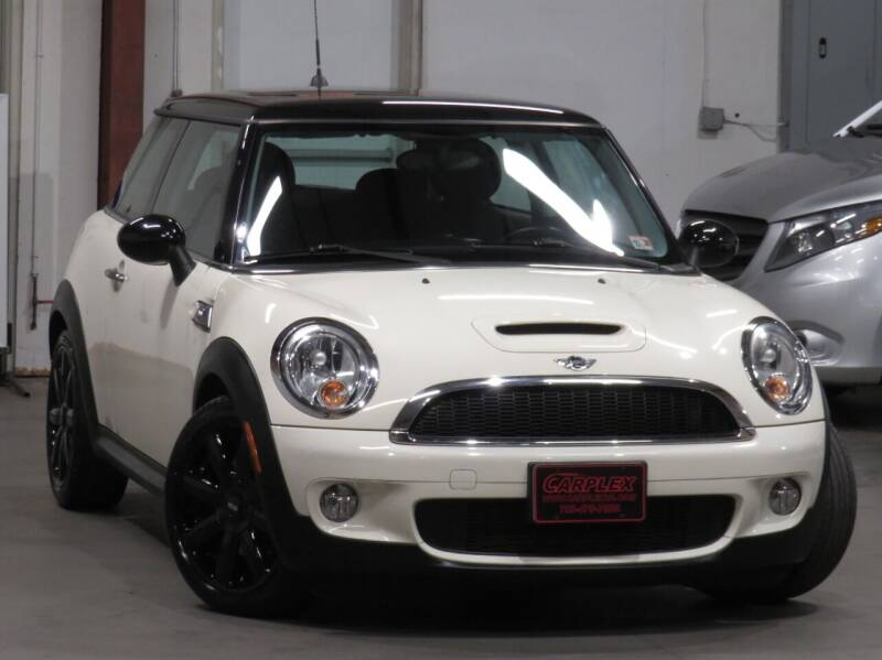 2009 MINI Cooper for sale at CarPlex in Manassas VA