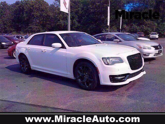 2021 Chrysler 300 for sale in Elverson, PA