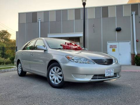 2005 Toyota Camry for sale at Speedway Motors in Paterson NJ
