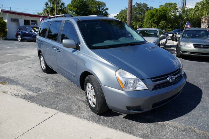 2009 Kia Sedona for sale in Clearwater, FL